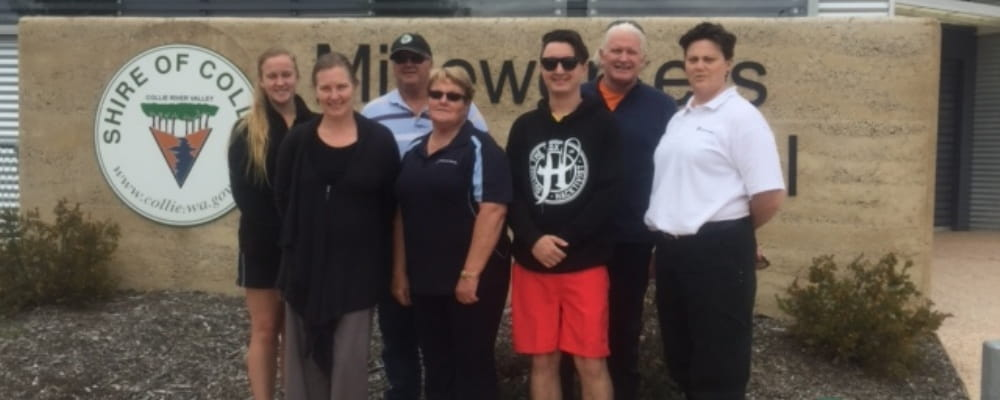 Staff from Collie Pool, Aqua Splash Swim School and Royal Life Saving Society WA's Jodie Thomson outside the Collie Mineworkers pool