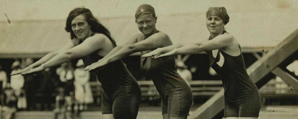 1912 Stockholm Olympics - First ever 100M women's freestyle final - Fanny Durack - Australia (Gold), Minna Wylie - Australia (Silver) and Jenny Feltcher - UK (Bronze)