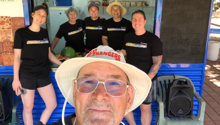 Jigalong Pool Manager Ray Martin with community volunteers at the pool